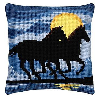 Kreuzstichkissen 'Pferde im Sonnenuntergang'