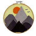 """Punch Needle Stickbild """"Mountains"""""""
