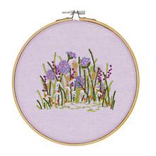Stickbild 'Wiesenblumen', Ø 17,8 cm