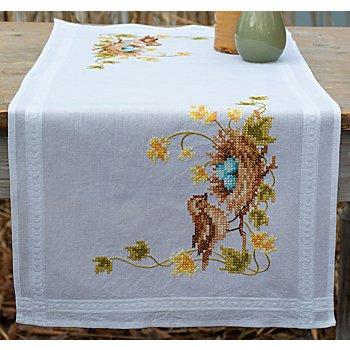 Chemin de table à broder 'nid d'oiseau'