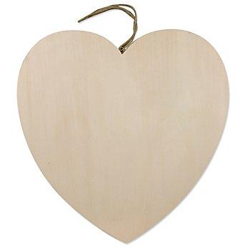 Herz aus Holz mit Aufhänger