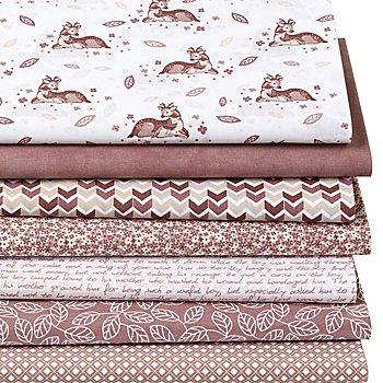 Lot de 7 coupons de tissus patchwork 'chevreuils', blanc/écru/vieux rose
